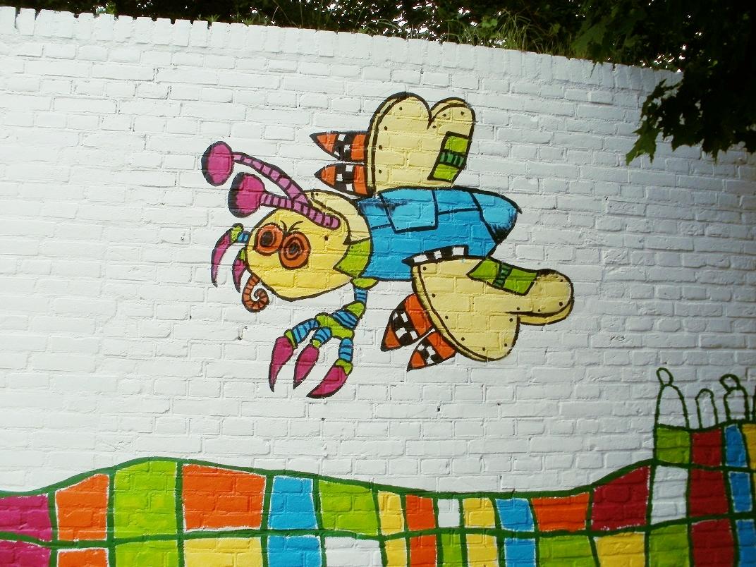 Muurschildering bij school De Pionier vervangen